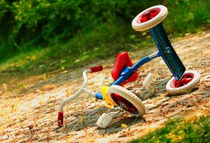 getty_rf_photo_of_upturned_tricycle_on_pavement